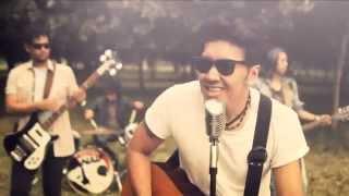 Lirik Lagu dan Chord Gitar Naif - Karena Kamu Cuma Satu