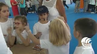 Bari, nel padiglione famiglie in fiera i giochi di una volta: i bambini alla scoperta dei passatempi dei loro nonni