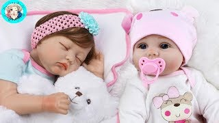 2 Adorable Simulation Lifelike Newborn Silicone Baby Doll / UNBOXING!
