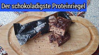 Amazon Proteinriegel AMFIT Schoko Fudge   Der Schoko-Overkill   FoodLoaf