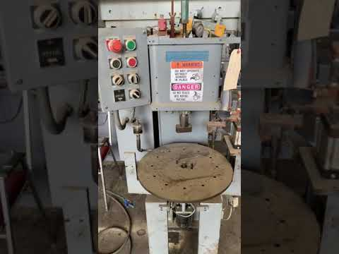 2 TON DENISON HYDRAULIC PRESS