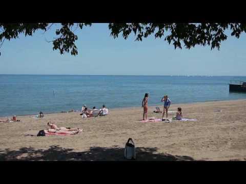 On Winnetka's Tower Road Beach