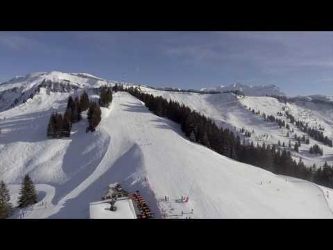 Vues aériennes des pistes de ski de Morillon
