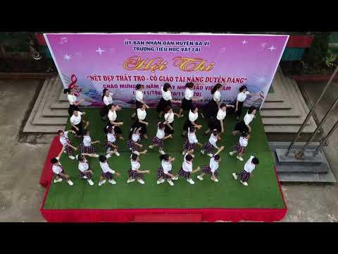 Khiêu vũ sân trường - Trường TH Vật Lại