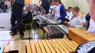 Głowienka - Występ zespołu Melorytm - Otwarcie sali gimnastycznej