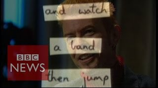 How David Bowie used \\\'cut ups\\\' to create lyrics - BBC News