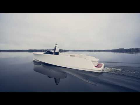 New electric super yacht