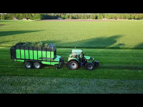 Gras inkuilen 2018, Melkveebedrijf Hemstede in samenwerking met loonbedrijf Zandman Beerze