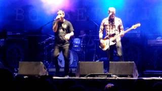 Boysetsfire - Falling Out Theme live