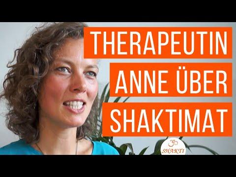 Shakti Mat Akupressurmatte - Physiotherapeutin Anne spricht über Shakti Mat