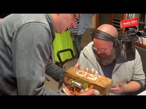 Wideo1: Niezwykły tort na 50 Urodziny Jarka Adamka