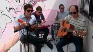 Thes Siniestros - Cabaña + Ciervo
