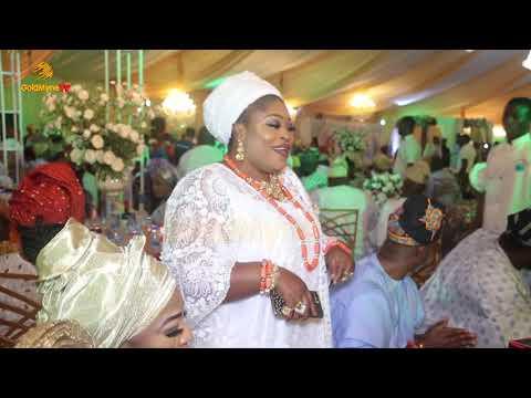 YINKA AYEFELE'S PERFORMANCE AT MRS  EBUNOLUWA ONABANJO 100 YEARS BIRTHDAY PARTY