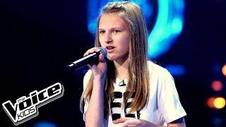 """Oktawia Bernaś – """"If I Were Sorry"""" – Przesłuchania w ciemno – The Voice Kids Poland"""