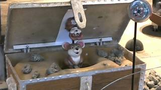 Mouse in treasure chest
