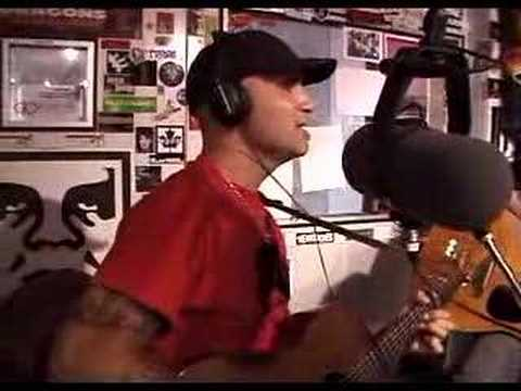 gary jules sings after the gold rush on fm 94/9 san diego
