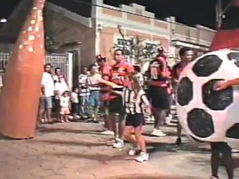 BLOCO UNIDOS DO ARRANCHADOURO NO CARNAVAL DE SANTA MARIA MADALENA NO ANO DE 1992.