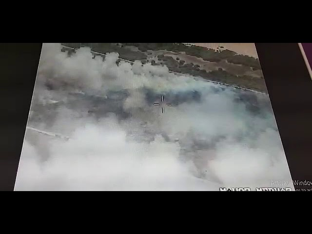 שריפת ענק בחוף הבונים • צפו