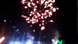 preview picture of video 'Fiesta Hawaiana Pilar 2013 - Fuegos Artificiales'