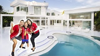 THE ROYALTY FAMILY OFFICIAL HOUSE TOUR!!! | The Royalty Family