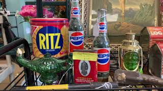 FLEA MARKET FINDS/SHOP WITH ME AT THE TREASURE CHEST! THRIFTING HOME  DECOR ON A BUDGET PART 1 (157)