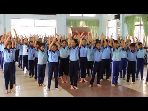 """Dân vũ """" Rửa tay"""" của Trường TH Hoài Châu"""
