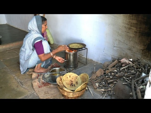 Indian-women-switch-to-cleaner