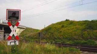 preview picture of video 'Bahnübergang Mankartzweg, Meerbusch ++ Blinklichter mit Zusatzanzeige 2 Züge++ Teil 2/2'