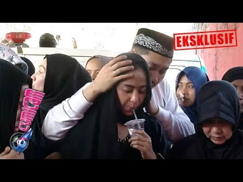 Download Hot News! Dewi Perssik Sedih dan Syok, Angga Beri Pijatan Lembut - Cumicam 11 Juni 2019 HD Mp4 3GP Video and MP3