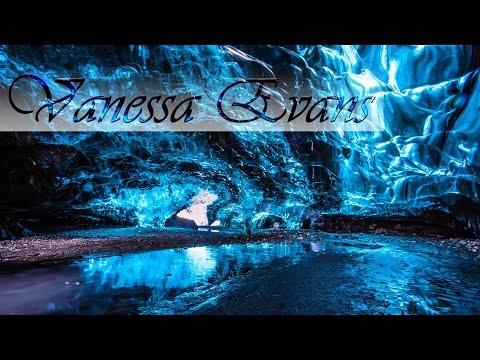 Ледяные пещеры ледника Ватнайёкюдль   Ис