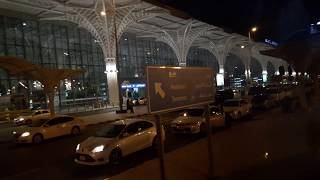 preview picture of video 'mq travel umroh 2018 periode 5 sampai 13 Maret 2018 | Naik Bus menuju Hotel Millenium di Madinah'