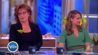 Melania Trump Refusing To Hold Trump's Hand? | The View