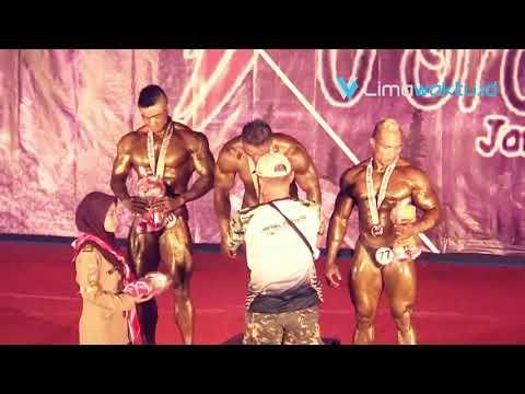 Pamer Otot Atang dan Joko Membuahkan Medali Emas