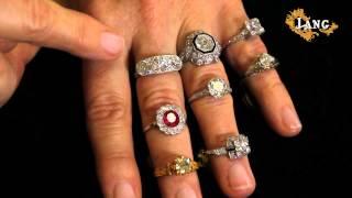 Gambar cover Selecting an Engagement Ring