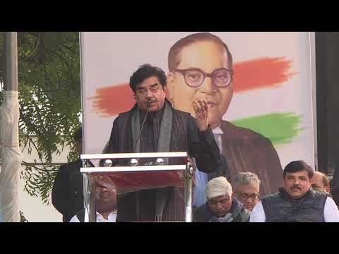 Shatrughan Sinha Addresses at the Movement Save The Indian Democracy