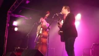 preview picture of video 'Oldelaf - Les Papas et Les Mamans (Bête et Méchant) - MJC La Celle Saint-Cloud (16/12/12)'