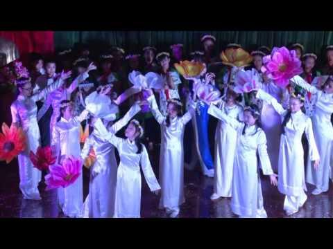 Trường THCS Nguyễn Tri Phương chúc mừng năm mới 2016