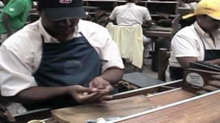 Making a Premium Hand Made Cigar
