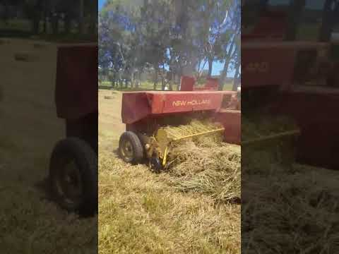 Old New Holland  317 hay baler