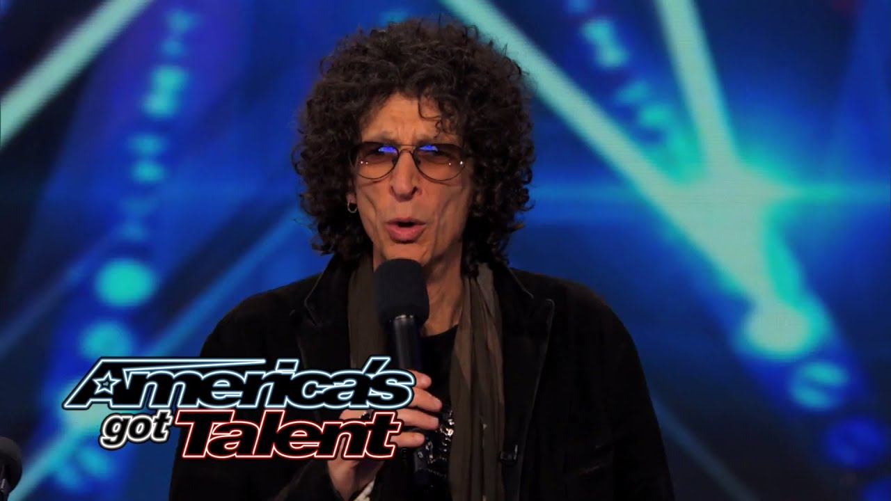 Magical Voice Doctor: Vocal Coach Tries to Teach Howard Stern to How Sing - America's Got Talent thumbnail