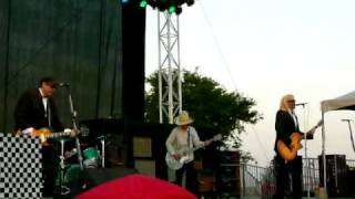 "Cheap Trick ""Don't Be Cruel"" Live@ Dixon May Fair"