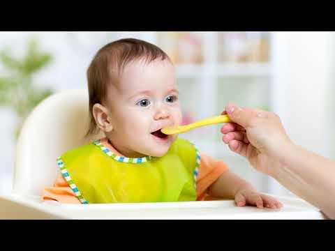 Со скольки месяцев можно давать ребенку супчик и какой?