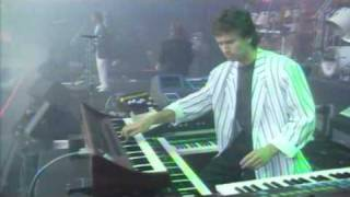 Genesis   Mama (Invisible Touch Tour)