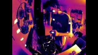 """ Saez   Pilule ""   Remix Electro Hardtek ""Pepito Pockiteck"" Son De Teuf   Mix Hardtek Live 2013"