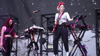 Grimes   Flesh Without Blood (LIVE)