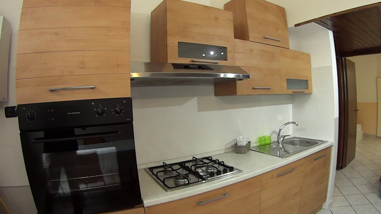 Twin Beds in Beds for rent in 1-bedroom apartment in Gallaratese