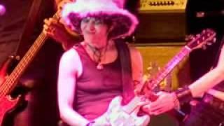 Joan Jett - '' Fetish '' (LIVE)