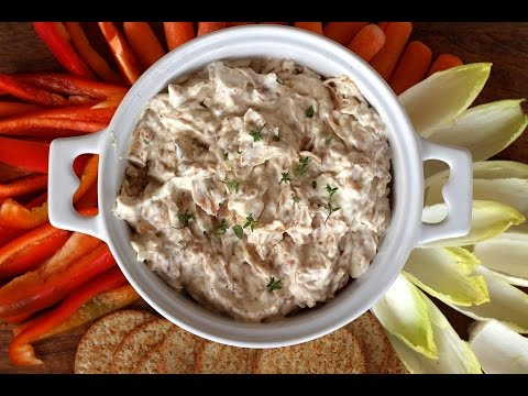 Appetizer Recipe: Caramelized Onion & Bacon Dip by CookingForBimbos.com