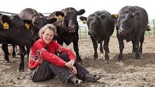 Temple Grandin on Visual Thinking and Animal Behavior