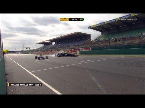 Challenge Monoplace V de V 2018. Race 1 Circuit Bugatti du Mans. Start Hard Crash